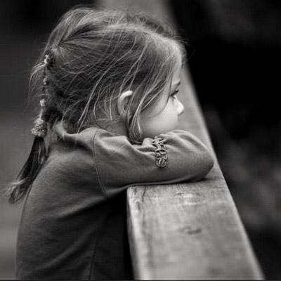 بالصور طفلة حزينة , صور اطفال حزينة 5233 2