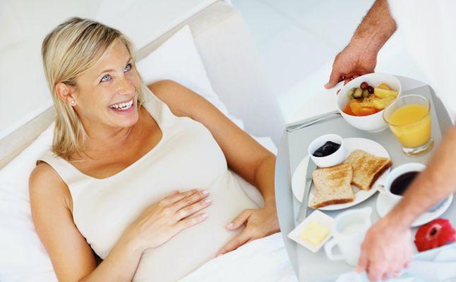 بالصور تغذية الحامل في الشهر الاول , كيفيه العنايه بالحامل فى الشهر الاول 5749 2
