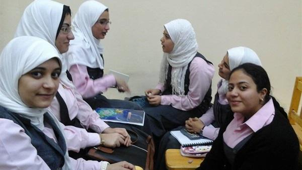 بالصور بنات الثانوية , فتره الثانويه العامه وتاثيرها على بنات الثانويه 5919 7