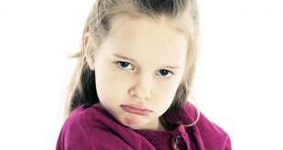 صوره التعامل مع الطفل العنيد , تعرف على اسباب عناد طفلك