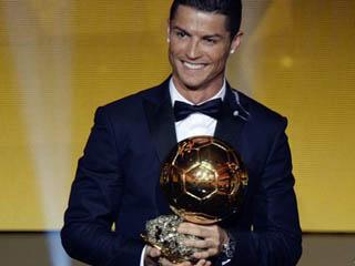بالصور احسن لاعب فى العالم , جائزة افضل لاعب 3738 2