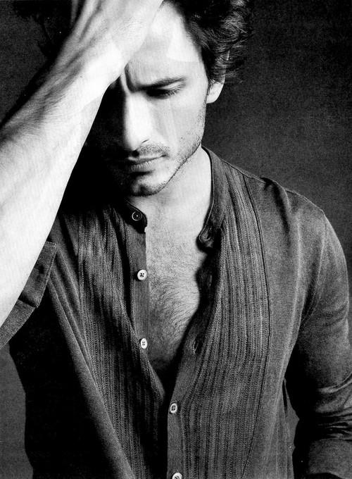 بالصور صور رجال حزينه , افضل الصور للرجال الحزينة 4760 5