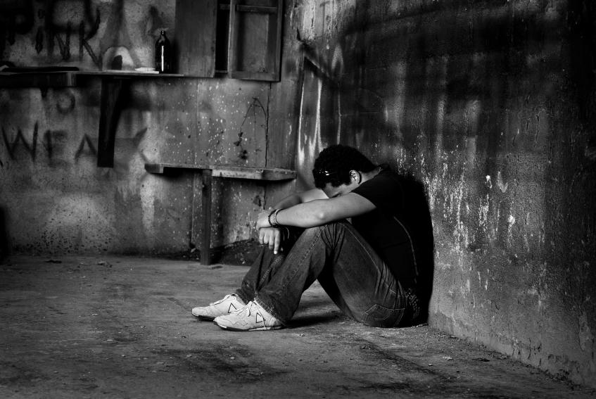 بالصور صور رجال حزينه , افضل الصور للرجال الحزينة 4760