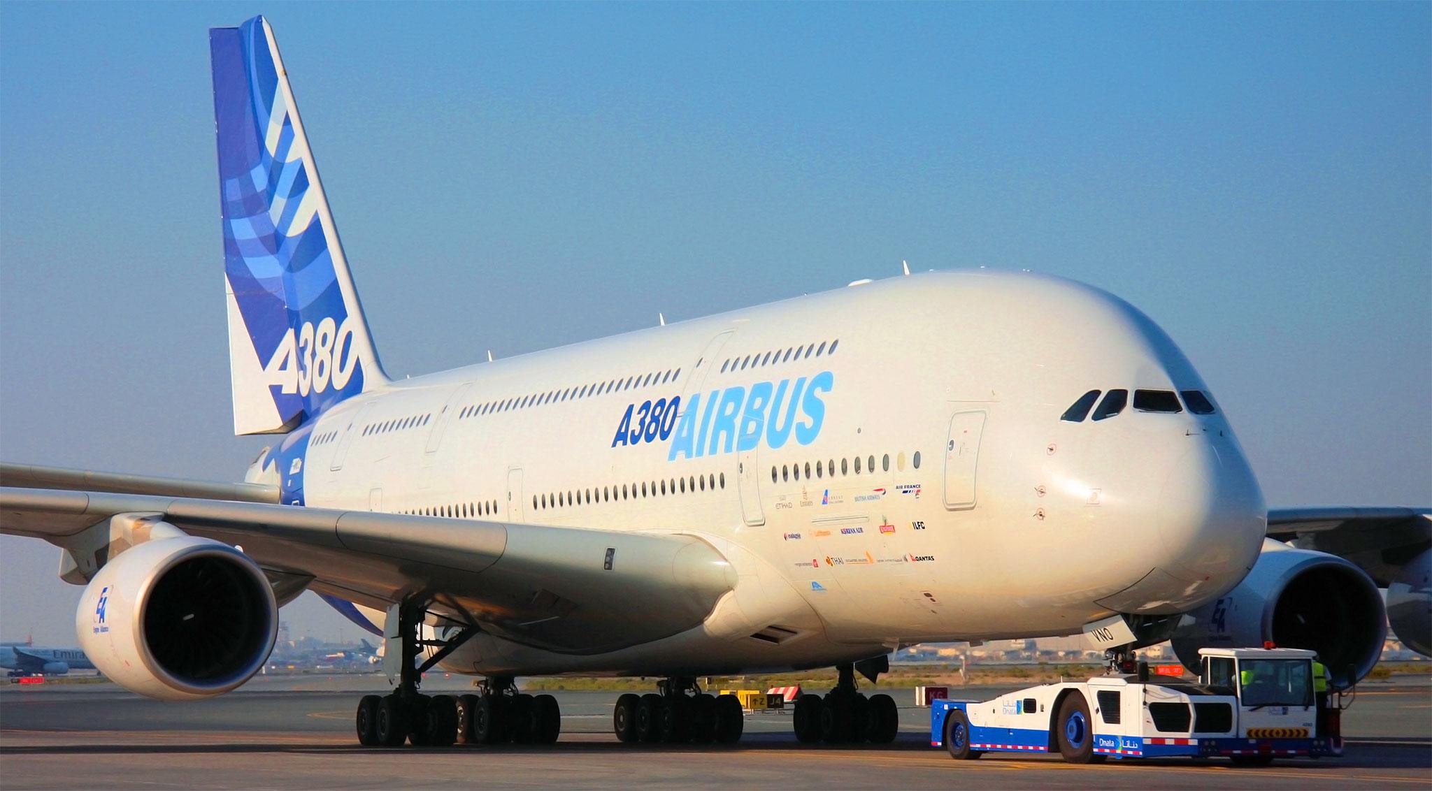 بالصور اكبر طائرة في العالم , تعرف على اكبر طائره فى العالم 6052 11