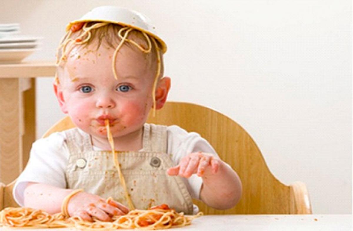 بالصور صور مضحكة للاطفال , لكى تضحك طفلك اليك اجمل الصور 6061 2