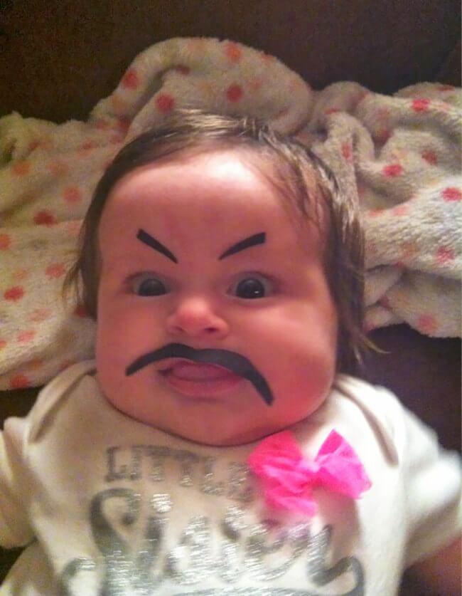 بالصور صور مضحكة للاطفال , لكى تضحك طفلك اليك اجمل الصور 6061 3