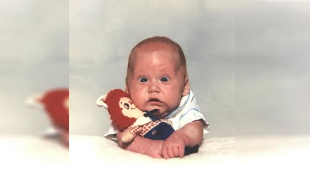 بالصور صور مضحكة للاطفال , لكى تضحك طفلك اليك اجمل الصور 6061 6