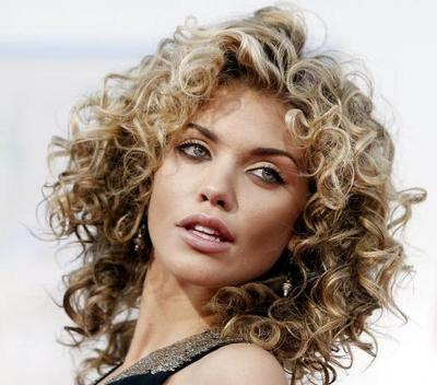 بالصور قصات شعر متوسط , لمحبات الشعر متوسط الطول اليكي احدث التسريحات 2846 11
