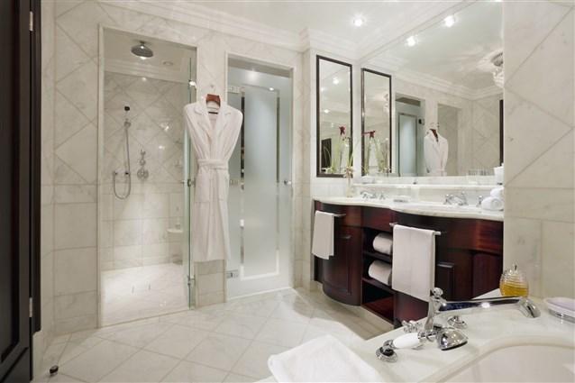 صورة حمامات فنادق , اجمل وافخم حمامات فنادق 6257 7