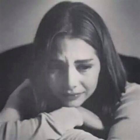 بالصور صور فتاة حزينة , بنات ملامحها حزن 2154 2
