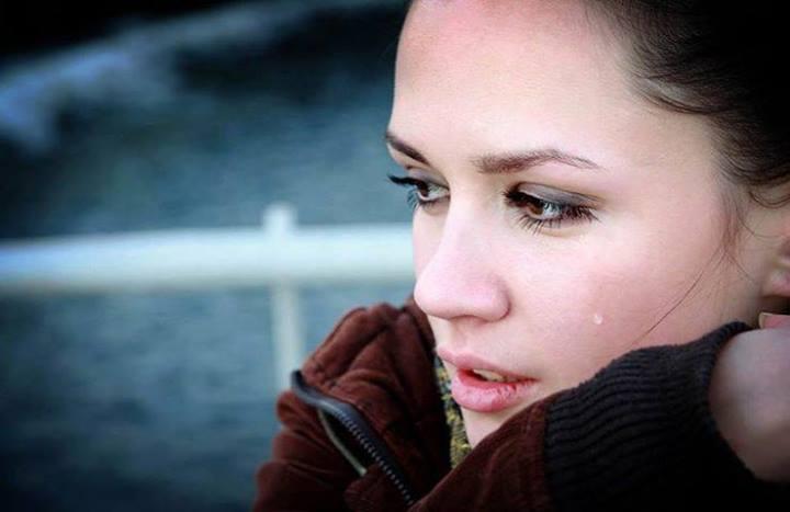 بالصور صور فتاة حزينة , بنات ملامحها حزن 2154 4