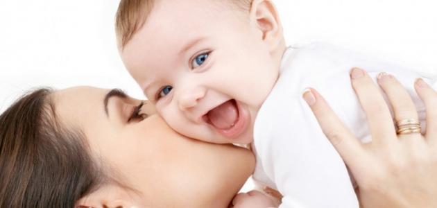 بالصور مراحل نمو الطفل , نمو وتطور الاطفال الرضع 2345
