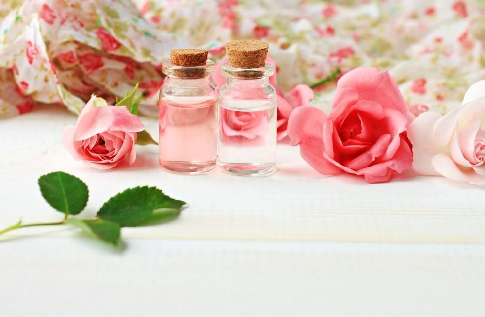 بالصور ماء الورد للشعر , اسرار خطيرة عن فوائد ماء الورد للشعر 2940 2