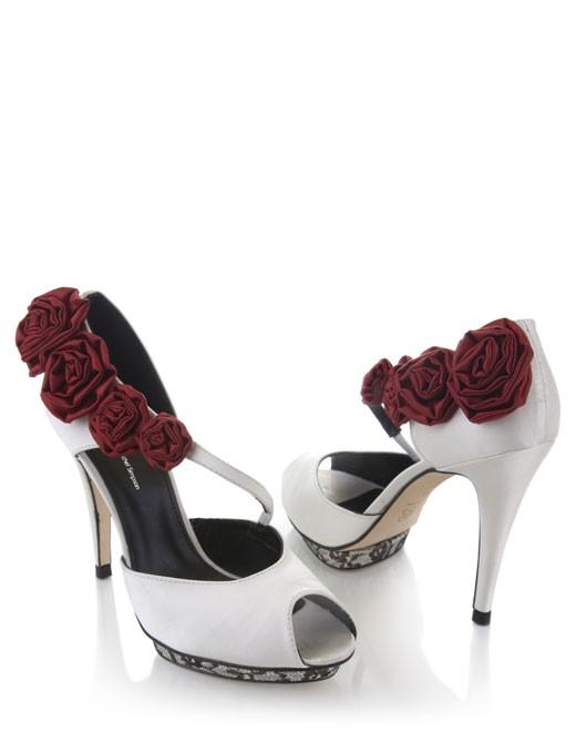 بالصور اجمل احذية , احلى واشيك الشوزات 3637 6