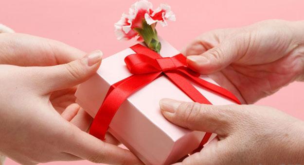 بالصور صور هدايا عيد ميلاد , لقطات فوتوغرافية لهدايا المناسبات 3700 11