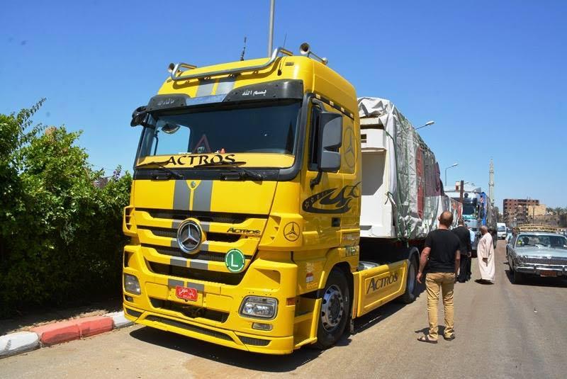 بالصور سيارات نقل , سيارات نقل متنوعه وحديثه 6642 2