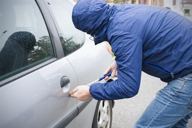 بالصور تفسير حلم سرقة السيارة , مالذي يدل علي سرقه السياره في المنام 6647 2
