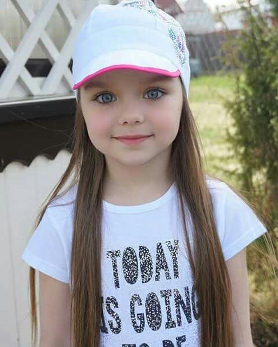 بالصور اجمل طفلة في العالم , صور حديثه لاجمل طفله في العالم 6703 3