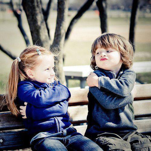 صور صور بنت وولد , براءة المشاعر في لقطات طريفة لاطفال زي العسل