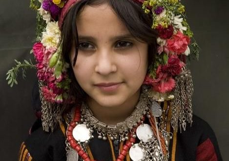 بالصور اجمل يمنيه , اجمل الصور لحفيدات بلقيس بالزي اليمني العريق 2936 3.jpeg 469x330