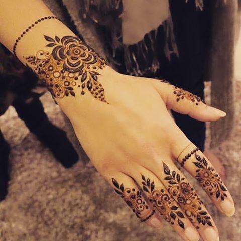 بالصور نقشات حناء انستقرام , للعروس الرقيقة اليكي احدث استايلات رسم الحناء على اليدين والاظافر 5982 10