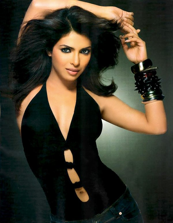 بالصور صور ممثلين هندين , اجدد الصور للممثلمين 13421 11