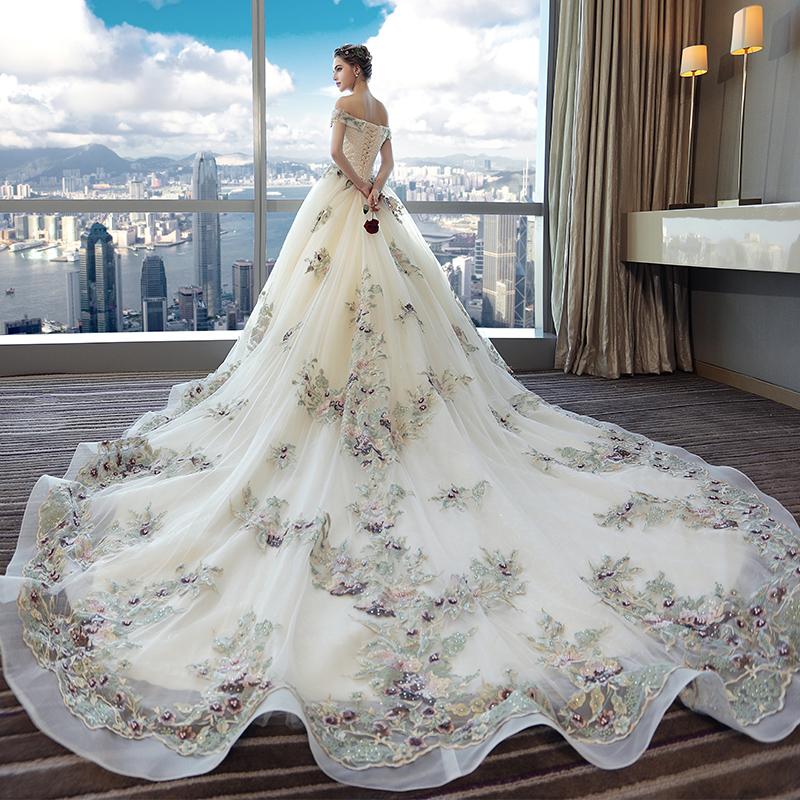 بالصور صور فساتين عروس , اختارى فستان الزفاف الاقرب لقلبك وشخصيتك 1349