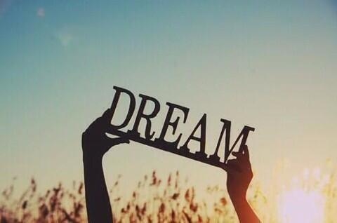 صورة معنى كلمة الحلم , كيف احلم بالمستقبل