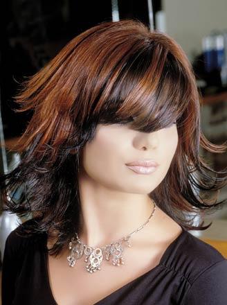 بالصور قصات شعر قصير مدرج , استايلات جديدة للتسريحة الديجراديه القصير 6234 10