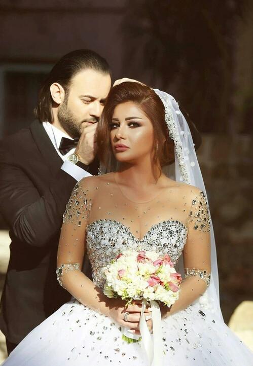 صورة صور عروس وعريس , اجمل صور عريس وعروسه يوم زفافهم